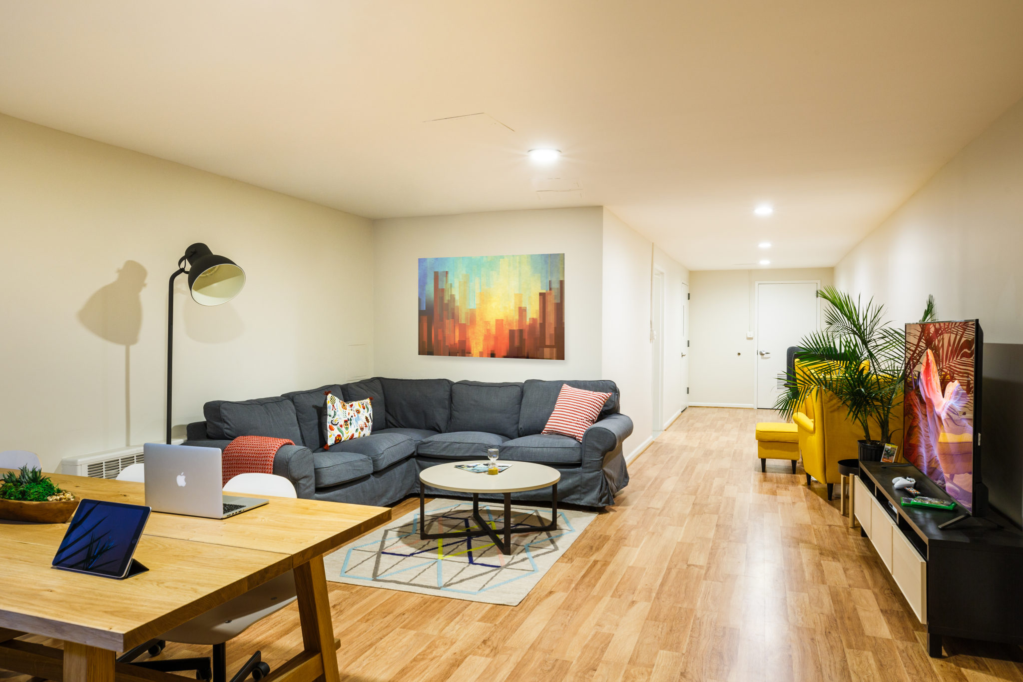nyc student housing living room 119th